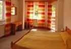 Студентски празник в Чепеларе! 2 нощувки на човек със закуски и вечери, едната от които празнична в в хотел Мартин, снимка 5