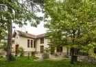 Нощувка за 6-8 човека в къща Подковите в Карлово