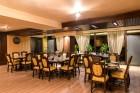 Наем за 1, 2 или 3 нощувки на самостоятелна къщa за 12 човека + барбекю и ресторант от Вила Монтебело резидънс, край Велико Търново