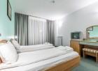 Студентски празник в Банско! 2 нощувки на човек със закуски и празнична вечеря + басейн и обновена релакс зона в хотел Айсберг***, снимка 8