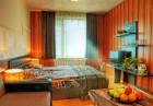 Февруари в Пампорово! 2 или 3 нощувки за 2-ма със закуски + басейн с минерална вода и релакс център в Комплекс Форест Глейд, снимка 8
