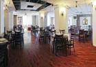 Делник до Костенец! Нощувка за ДВАМА със закуска и вечеря + напитки, масаж и 2 минерални басейна от хотел Виталис, к.к. Пчелински бани, снимка 4
