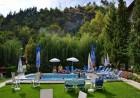 Нощувка на човек + минерален басейн и релакс зона в семеен хотел Вила Рай, Огняново, снимка 3