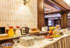 Нощувка на човек със закуска и вечеря + топъл басейн в хотел Шато Монтан, Троян., снимка 12