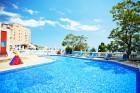 Ранни записвания за море 2020 на 1-ва линия в Елените! Нощувка на база All Inclusive + басейн и шезлонг и чадър на плажа в хотел Роял Бей**** Дете до 12г. - БЕЗПЛАТНО, снимка 13