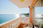 Ранни записвания за море 2020 на 1-ва линия в Елените! Нощувка на база All Inclusive + басейн и шезлонг и чадър на плажа в хотел Роял Бей**** Дете до 12г. - БЕЗПЛАТНО, снимка 3