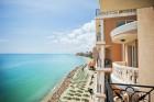 Ранни записвания за море 2020 на 1-ва линия в Елените! Нощувка на база All Inclusive + басейн и шезлонг и чадър на плажа в хотел Роял Бей**** Дете до 12г. - БЕЗПЛАТНО, снимка 2