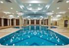 Нова година в хотел Емералд Резорт Бийч и СПА*****, Равда! 1 или 2 нощувки на човек със закуски, вечери и празничен куверт + вътрешен басейн и термо зона, снимка 2