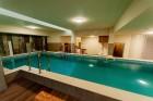 Нощувка на човек със закуска и вечеря + басейн и СПА в НОВИЯ хотел Алиса,  Павел Баня, снимка 14