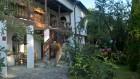 Нощувка за до 14 човека + просторна механа и барбекю в къща Цоневски - Априлци, снимка 3