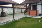 Нощувка за 7+2 човека + трапезария и просторен двор-градина в къща Гикинска край Сандански - с. Джигурово, снимка 3
