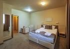Нощувка на човек със закуска и вечеря* + минерален басейн и релакс пакет в хотел Севън Сийзънс, с.Баня до Банско, снимка 17