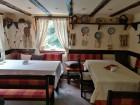 Нощувка за 15 човека + механа с камина и външно барбекю в къща Цвети край Трявна - с. Бангейци, снимка 9