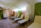 Нощувка на човек със закуска и вечеря + топъл  басейн и НОВ Спа център в Комплекс Каталина, Цигов чарк, снимка 6