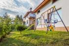 Нощувка за 8, 16 или 24 човека в 3 уютни еднофамилни къщи Краси край язовир Батак, снимка 3
