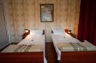 Нощувка за 12 човека + басейн, голяма трапезария и още в къща Ливадето в Троян, снимка 16