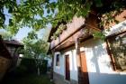 Нощувка за 8, 10 или 13 човека + просторен двор, трапезария и други удобства в къщи Костел край Елена - с. Костел, снимка 9