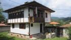 Нощувка за 6 човека в къща Лютови в автентичен възрожденски стил в Копривщица, снимка 2