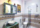 Нощувка за 9 или 12 човека в самостоятелна луксозна къща Алба до Пампорово!, снимка 24