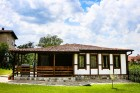 Нощувка за до 10 човека + веранда с барбекю и слънчев двор в новопостроена къща Къщата край Сапарева баня - с. Ресилово, снимка 18
