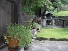 Нощувка за 4+1 човека + трапезария с камина в Тачева къща в Боженци, снимка 12