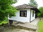 Нощувка за 4+1 човека + трапезария с камина в Тачева къща в Боженци, снимка 6