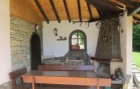 Нощувка за до 10 човека + просторна дневна с камина, 2 барбекюта в къща Бояджиеви в Априлци, снимка 8