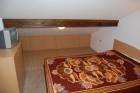 Нощувка за 11+1 човека + собствена механа и зала за репетиции в къщи Пеневи в Трявна, снимка 12