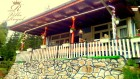 Нощувка за 8 човека + веранда, открито барбекю, беседка и обширен заграден двор в къща Роял на брега на язовир Доспат - Сърница, снимка 16