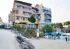 Море 2020 на първа линия в Равда. 5 нощувки със закуски и вечери на човек в семеен хотел Блян, снимка 5