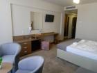 Лято на ПЪРВА линия в Кранево! Нощувка на човек със закуска и вечеря + неограничено количество напитки в хотел Магнифик, снимка 12