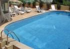 Нощувка със закуска на човек + басейн в хотел Париж***, Балчик, снимка 4