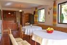 Нощувка на човек за 20 лв. + детски кът и барбекю в къща за 23 гости - къща Българка, Рибарица, снимка 7
