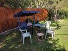 Нощувка за до 8 човека + сезонен басейн, механа и барбекю в Къщата с трите веранди в Берковица, снимка 18