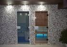 Нощувка на човек + минерален басейн и релакс зона в семеен хотел Вила Рай, Огняново, снимка 6