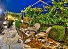 Нощувка за до 11 човека + сезонен басейн, механа, барбекю и просторен двор в къща Крисиели край Кюстендил - с. Горна Брестница, снимка 28