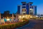 7 нощувки на човек със закуски + басейн от хотел Южна Перла, на брега на къмпинг Каваци, Созопол, снимка 2