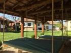 Нощувка за 12 човека + просторен двор, детски кът и барбекю в къща Край потока в Крушуна, снимка 7