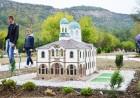 Вход за възрастен за парка на миниатюрите *Мини България* във Велико Търново, снимка 5