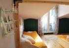 Нощувка на човек в стаи за гости Каса Вивалди, в центъра на Велинград, снимка 3