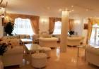 1 или 2 нощувки на човек със закуска + минерален басейн и джакузи в хотел Мегас, Банкя, снимка 11