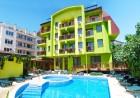 Майски празници в Хисаря! 2 или 3 нощувки на човек със закуски + басейн и уелнес пакет в Хотел Грийн Хисар, снимка 2