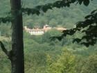 Нощувка за 5 човека + лятно барбекю с навес, голяма градина и детски кът в къща Ломар край Калофер, снимка 17