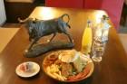 Нощувка за 2, 3 или 5 човека + механа-ресторант с лятна градина в Чалина къща в Банско, снимка 8