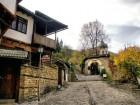 Еднодневна автобусна екскурзия до Крушунските водопади, Ловеч и Деветашката пещера на ТОП цена от ТА Поход, снимка 4