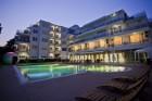 Лято 2020 в Поморие! Нощувка на човек на база All Inclusive + басейн в хотел Инкогнито,  на 150м.от морето, снимка 14