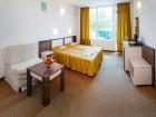 Почивка в Слънчев бряг! 10 нощувки на човек със закуски и вечери + басейн в хотел Есперанто, снимка 4