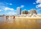 Ранни записвания за лято 2020 на 1-ва линия в Слънчев бряг! All Inclusive + басейн в Хотел Голдън Ина***, снимка 3