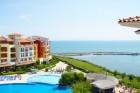 Лято на 1-ва линия в Ахелой! Нощувка със закуска за 2-ма с дете или 4-ма + басейн в хотел Марина Кейп, снимка 4