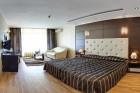 На ПЪРВА ЛИНИЯ в Златни пясъци. Нощувка на човек на база All inclusive + вътрешен басейни в хотел Калиакра Палас****, снимка 31